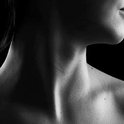 Femme : embellir mon cou